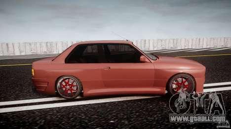 BMW E30 v8 for GTA 4 inner view