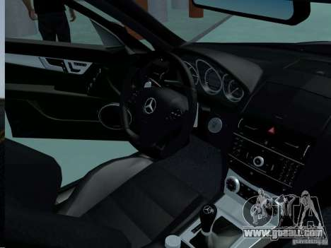Mercedes-Benz C63 AMG 2010 for GTA San Andreas right view
