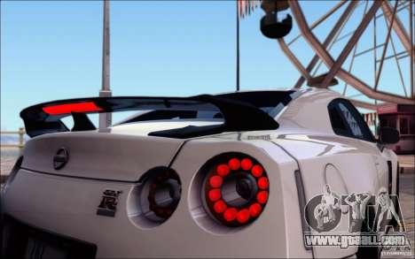Nissan GTR 2011 Egoist (version with dirt) for GTA San Andreas wheels