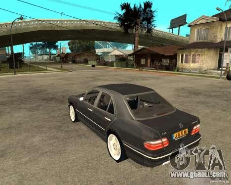 Mercedes–Benz E Class for GTA San Andreas left view