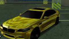BMW M5 F10 Gold