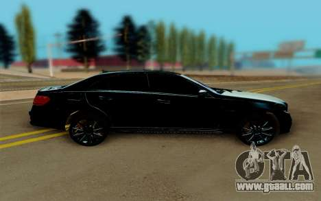 Mercedes-Benz E500 for GTA San Andreas left view
