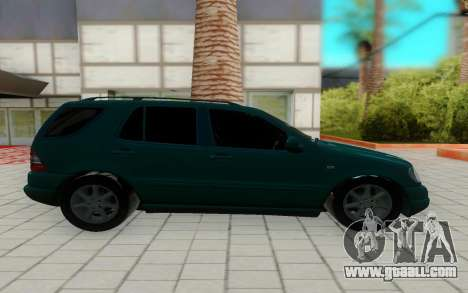 Mersedes-Benz ML 230 for GTA San Andreas left view