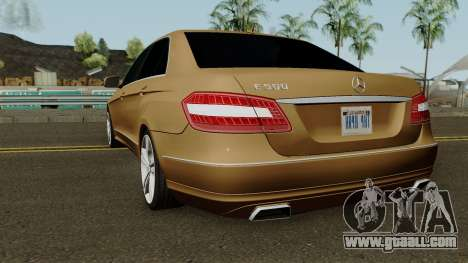 Mercedes-Benz E500 for GTA San Andreas back left view