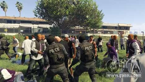 GTA 5 30 SWAT VS 60 Gangsters 1.0 fourth screenshot