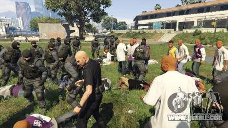 GTA 5 30 SWAT VS 60 Gangsters 1.0