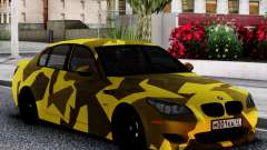 BMW M5 E60 Yellow Camo for GTA San Andreas